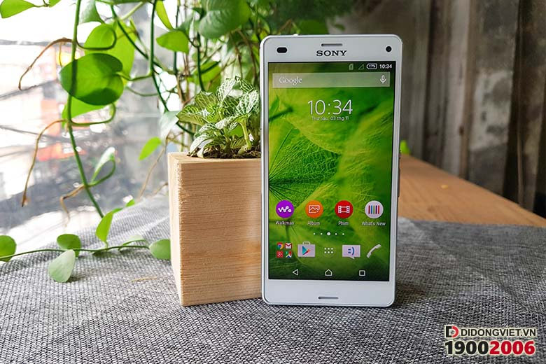 Sony Xperia Z3 Compact S0-02G Nhật